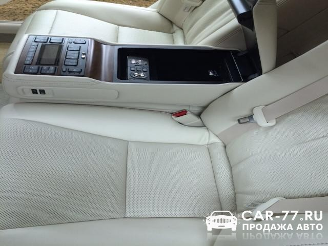Lexus LS Москва